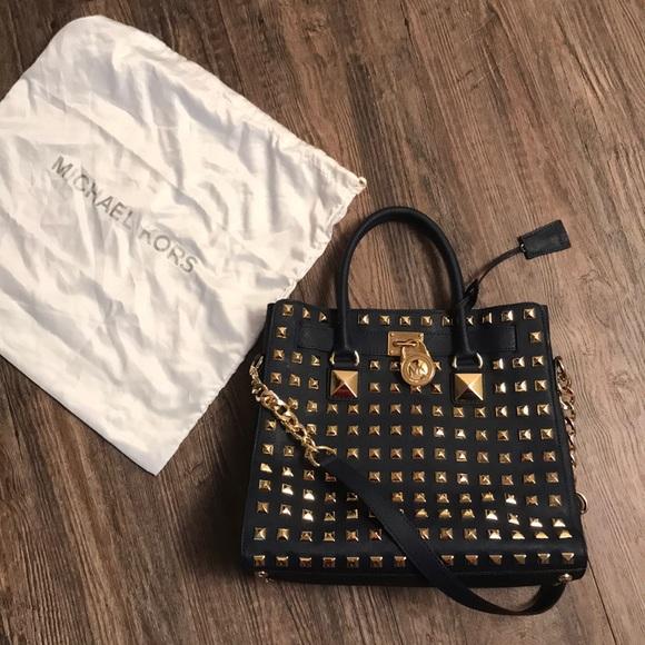 studded Michael Kors Hamilton bag. M 5be1bda68ad2f9d09c5ac817 8def129df02c6